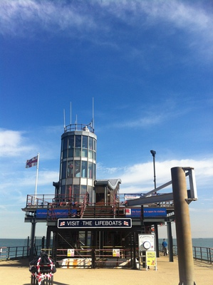 southend pier, pier,